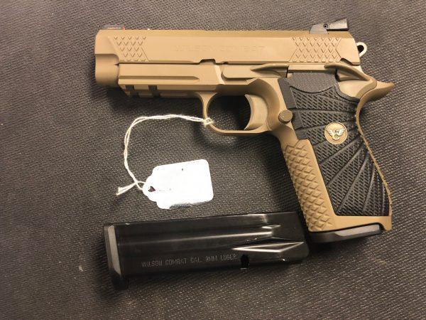 Wilson Combat EDC X9 FDE 9mm